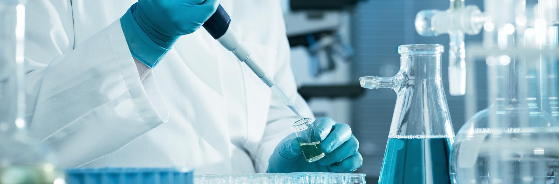 Imagen del tratamiento de Bioestimulación Capilar con Minoxidil CAPILAXIS de Capilárea