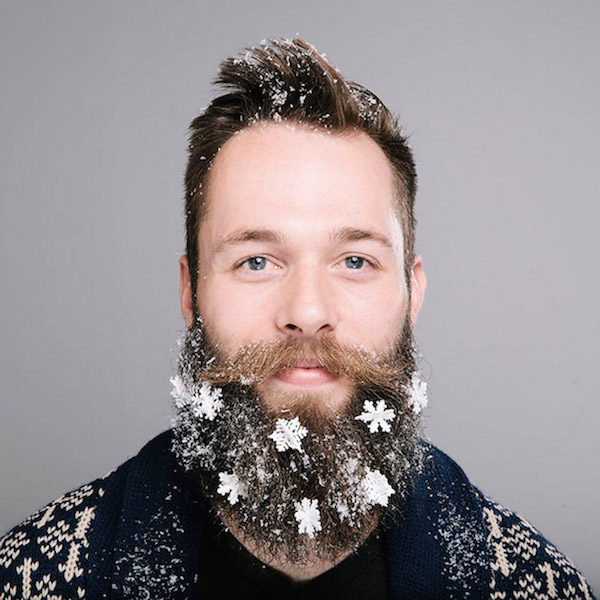 Ejemplo de barba decorada para Navidad