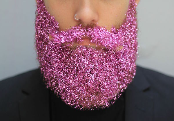 barba con purpurina