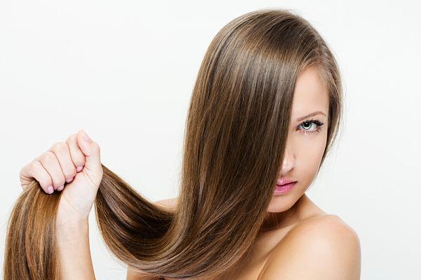 Imagen de un cabello sano y fuerte por un tratamiento de Bioestimulación Capilar